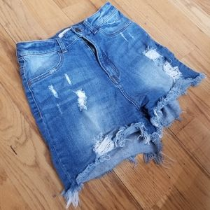 APHRODITE GREAT COND MOM JEAN HI WAIST DISTRESSED